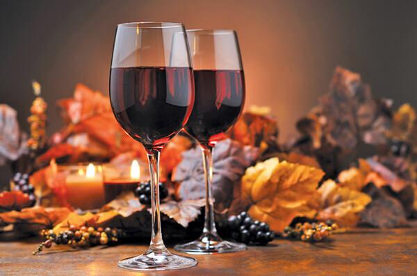 De ce este indicat sa bem vin rosu?